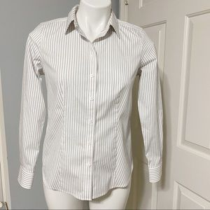 Talbots Wrinkle Resistant Button Up Blouse